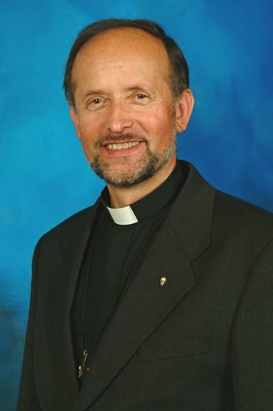 Fr. Władysław Karciarz OMI (1983 ~ 1984; 1987 ~ 1995)