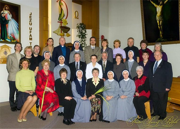 Nadzwyczajni Szafarze Komunii Św, 2006